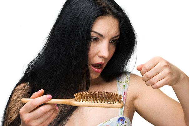 Naisten hiustenlähtö